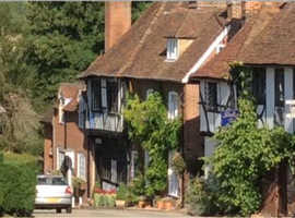 Historic Dog Friendly Holiday Cottage in Heart of Kent