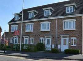 LOVELY DOUBLE ROOM IN SHARED HOUSE IN THATCHAM