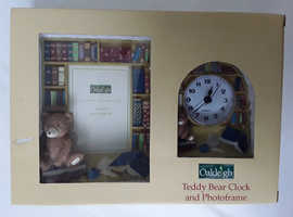 CHILDS COMBINED CLOCK & PHOTO FRAME IN ORIGINAL BOX & PACKAGING NEVER USED