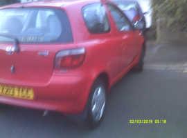 Toyota Yaris, 2000 (X) Red Hatchback, Manual Petrol, 70,400 miles