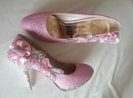 LADIES EVENING PINK SHOES