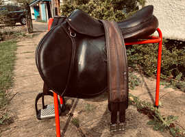 SADDLE DEVOUCOUX BIARRITZ O    SIZE 18