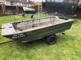 Aluminium boat 10ft x5ft good condition with trailer