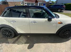 Mini Cooper, 2016 (66) Pepper White 5DR Hatchback, Manual Petrol, 8,570 miles