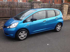 HONDA JAZZ ( NEW SHAPE ) 1.2L, 2009 REG, VERY LOW MILEAGE ONLY 68,000