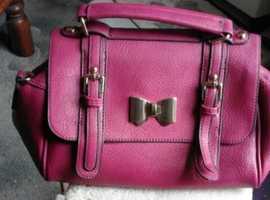 Superbia Handbag