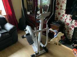 Cross Trainer Horizon Fitness Delos