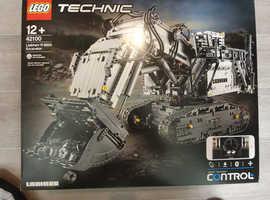 Lego technic liebhurr r9800 excavator 42100