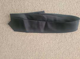 Theros black tie