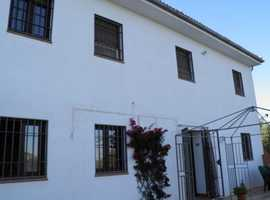 An unusual split level house in Los Arenales Loja Ref 4231