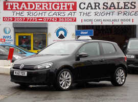 2012/12 Volkswagen Golf 1.6 TDi Match finished in Phantom Black Metallic. 105,949 miles