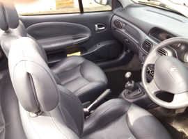 Renault MEGANE CAB PRIVIL+ 16V, 2002 (02) grey Convertible, Manual Petrol, 75000 miles