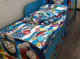 Toddler Bed, thomas the tank engine and matching accessories