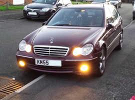 Mercedes 2005 C220CDI Estate Diesel Auto FSH + MOT + SAT NAV + Low 80kMiles!!