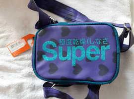 Superdry shoulder bag.