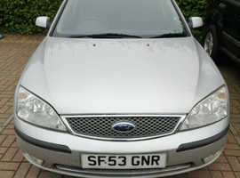 Ford Mondeo, 2004 (53) Silver Hatchback, Manual Petrol, 111,000 miles