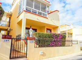 Playa Flamenca, Costa Blanca, Ground Floor Apartment with Gardens Close to Beaches and Local Amenities