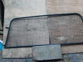 van bulkhead mesh security / dog gaurd
