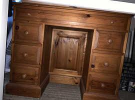 Wooden dresser/desk