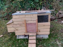 Chicken house home made as new  3ftx4ftx2foot 10inches high