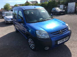 Peugeot Partner, 2006 (56) Blue MPV, Manual Diesel, 88,000 miles