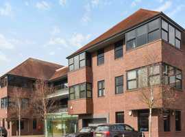 Fantastic 1500 sq ft Office Suite - Central Henley on Thames