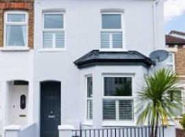 London Relocation Agent seeks 3 or 4 bedroom Houses in Berkshire
