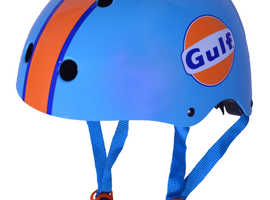 GULF Helmet - childrens size Medium (53-58cms) + matching GULF gloves