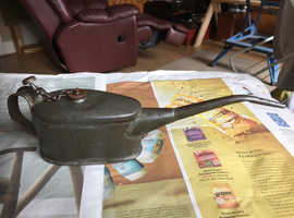 Man cave vintage Oil can