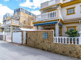Costa Blanca Furnished 2 bed Quad House Gardens, Driveway and Rooftop Solarium - Playa Flamenca