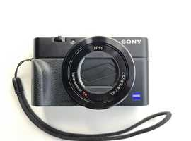 Sony Cyber-shot RX100 III Digital Compact Camera