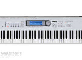 Korg Triton Le music workstation
