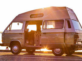 1987 / VW T25 / Transporter / Camper van / Original Factory High Top / Green & Cream / RHD / 1.6 Litre / Diesel