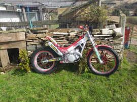 Montessa 250