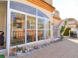 Costa Blanca Beautiful Bungalow with Solarium Close to Beaches and Amenities - Playa Flamenca