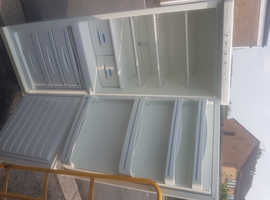 fridge freezer (delivery available)