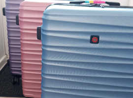 Pack of 3 SwissBrand Suitcases