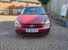 Kia Sedona, 2008 (58) Red MPV, Manual Diesel, 71,662 miles