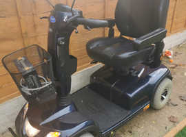 INVACARE COMET 8MPH EXTRA LARGE MOBILITY SCOOTER WITH FULL CANOPY