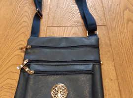 Ladies 4 Pocket Shoulder / Over Body Bag