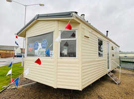 2 Bedroom holiday home by the beach 3 parks in 1