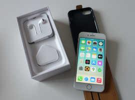 Apple iPhone 8.   64gb    Silver.