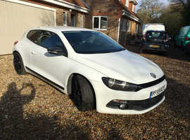 Volkswagen Scirocco, 2010 (59) 1.4 petrol manual 6 speed white coupe 160bhp