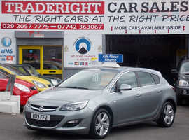 Vauxhall Astra, 2013 (13) Silver Hatchback, Manual Petrol, 32,301 miles