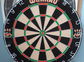 New Winmau Bristle Dartboard