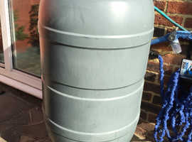 Strata 210Lt Water Butt 210l With Stand And Downpipe Kit £25