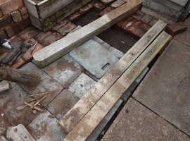Secondhand concrete posts