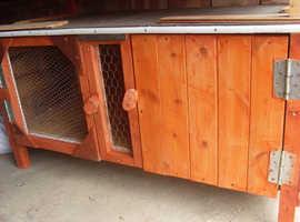 2 door rabbit hutch