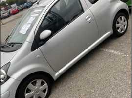 Toyota Aygo, 2011 (11) Silver Hatchback, Manual Petrol, 44,000 miles