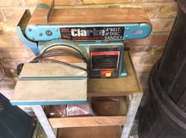 Belt/disc sander for woodwork